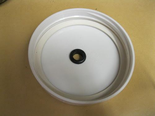 gasket in the lid