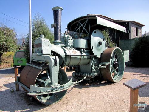 Máquina de cilindro antiga (1)