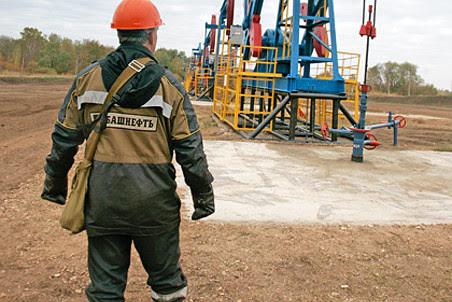 СП «Башнефти» и «ЛУКойла» может потерять лицензию на месторождения им. Требса и Титова
