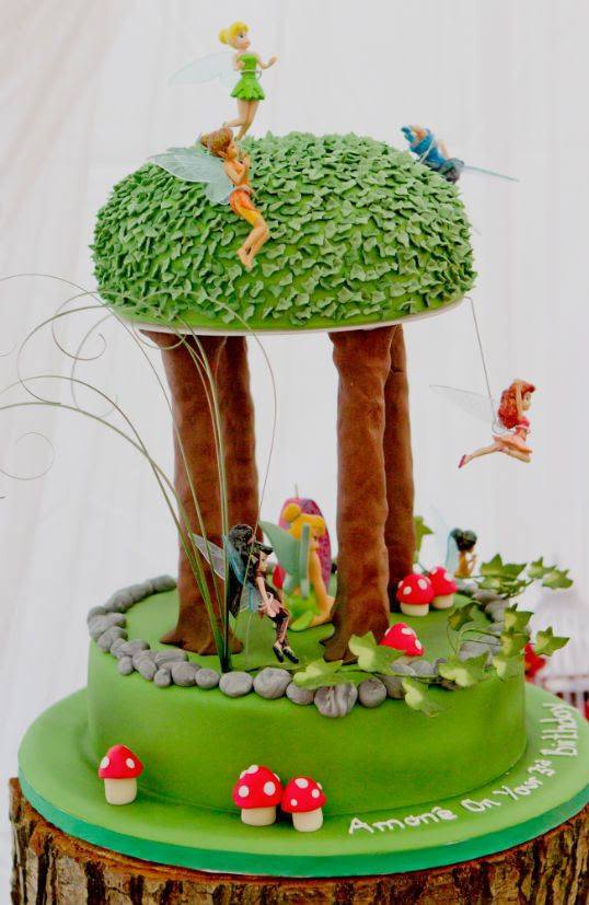 Tinkerbell cake red   Everything about this party is stunning! Corette has so many beautiful ...