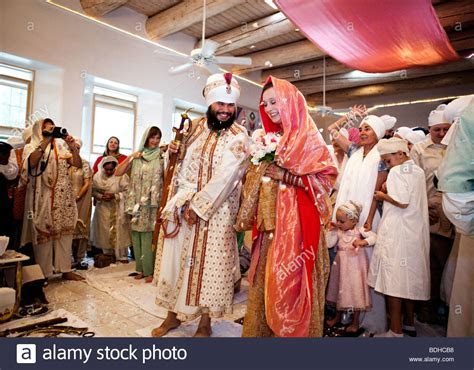A traditional Sikh wedding ceremony Stock Photo, Royalty