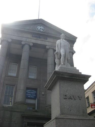 Humphrey Davy statue in Penzance