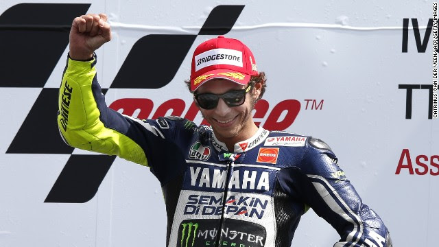 Primera victoria de la temporada de Rossi y Dovizioso se coloca líder del mundial
