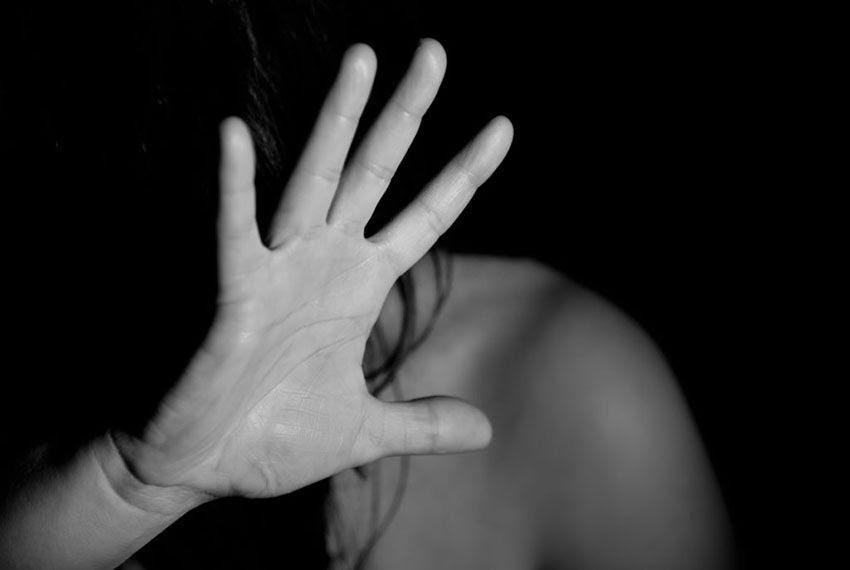Violência contra a mulher: deputado solicita a criação de Selo pela Vida