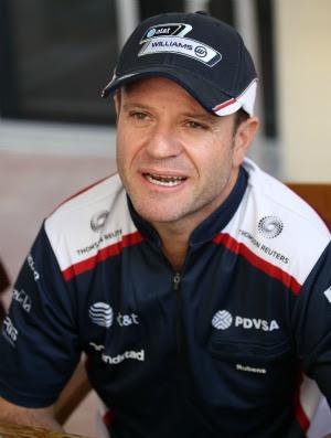 Rubinho está em Abu Dhabi, para a penúltima prova de 2011 da Fórmula 1 (Foto: AFP)