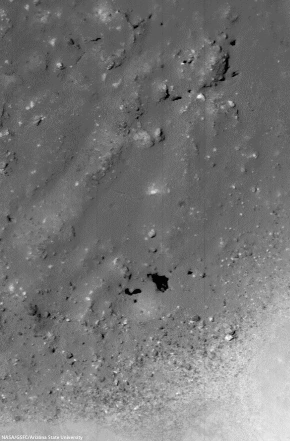 Crater floor Pits Dollond E