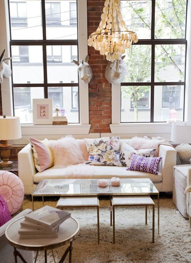 15 Stylish Small Studio Apartments Decorations That You ...