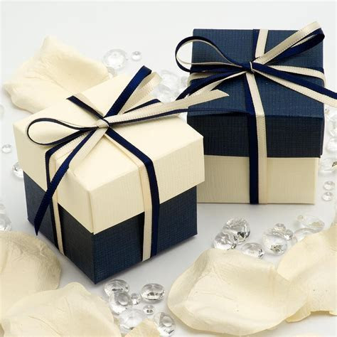 NAVY BLUE AND IVORY SQUARE BOX AND LID WEDDING FAVOUR