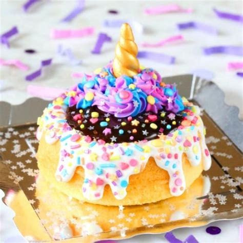 birthday cakes on Tumblr