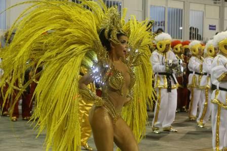 Bianca Leão, da União da Ilha