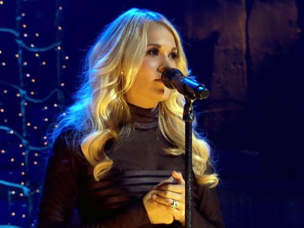VH1 Unplugged (2012), Carrie Underwood