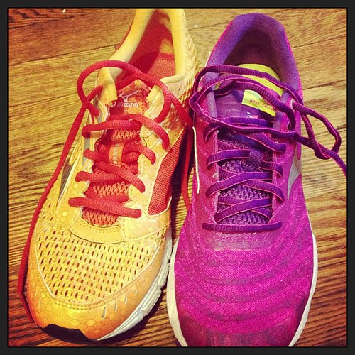 @Mizunorunning Wave Inspires on the left. #wavesayonara on the right. The sayonaras are part of fitfluential sponsored campaign.