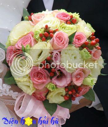 Bó hoa cam tay bằng hoa hồng phấn