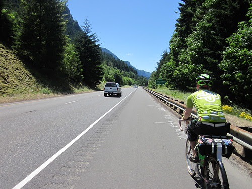 A mile on I-84 westbound