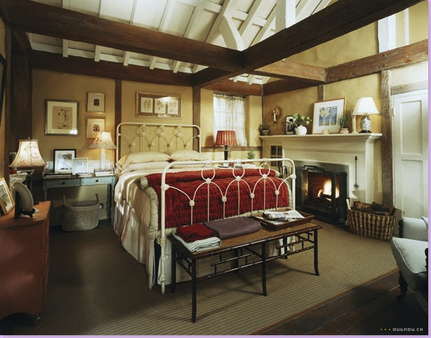 Iris's cozy cottage bedroom: Amanda's spacious master bedroom: You