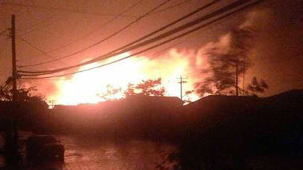 At least 15 homes are fully alight in the New York suburb of Breezy Point, with firefighters hampered by floodwaters in the area that was classified Zone A before the storm, NBC New York reports (@res7cuefox5).