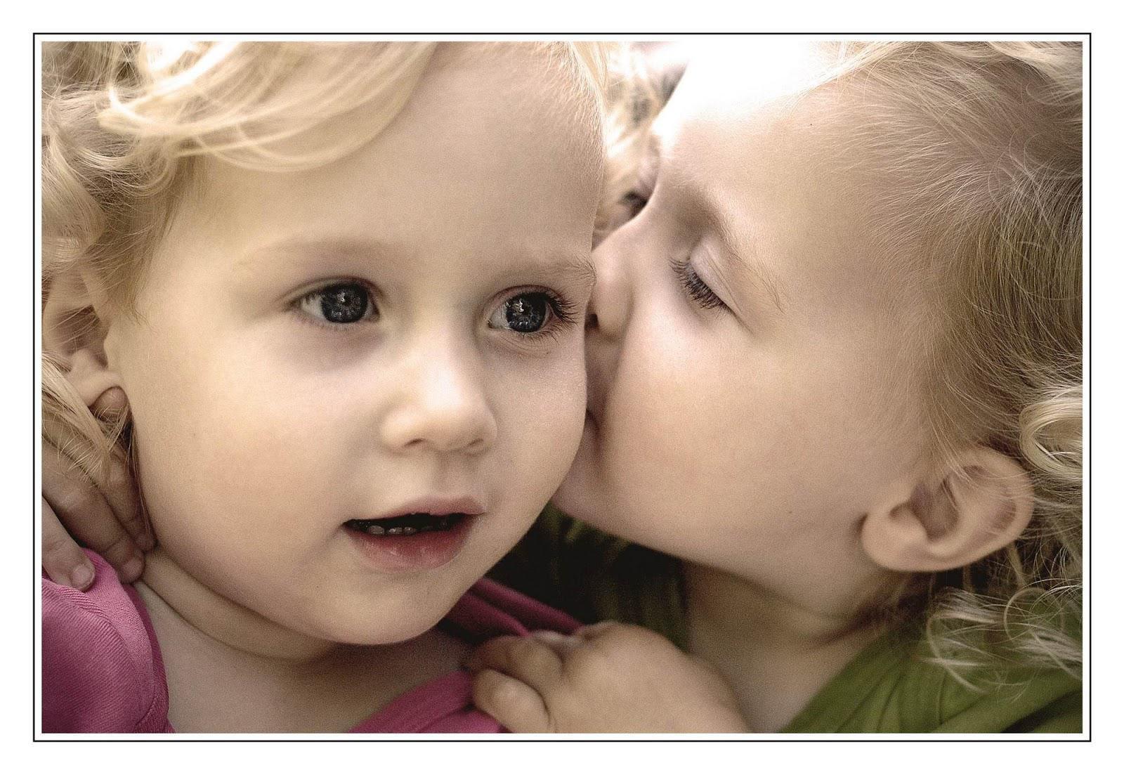 Galeri Gambar Lucu Ciuman
