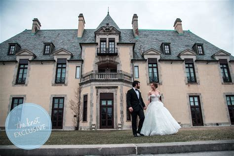 Jedediah Bila?s Winter Wedding Album: Exclusive Details