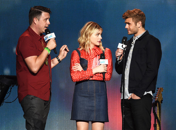 102.7 KIIS FM's Jingle Ball - Show