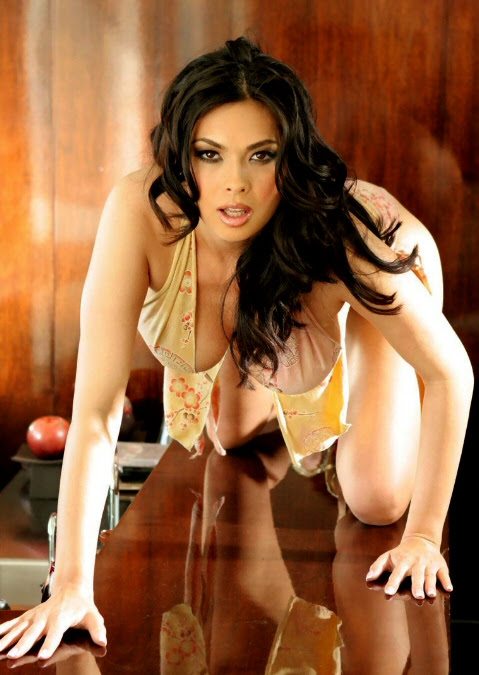 http://maaadddog.files.wordpress.com/2010/12/tera-patrick-bd-017.jpg