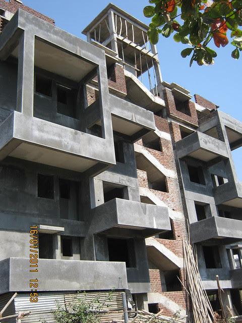 Paradigm Emerald, Early Possession - Compact 2 BHK Flats, Ram Indu Park, Baner, Pune 411 045 -