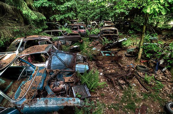 Chatillon-car-cemitério abandonado-carros-cemitério-Bélgica-11