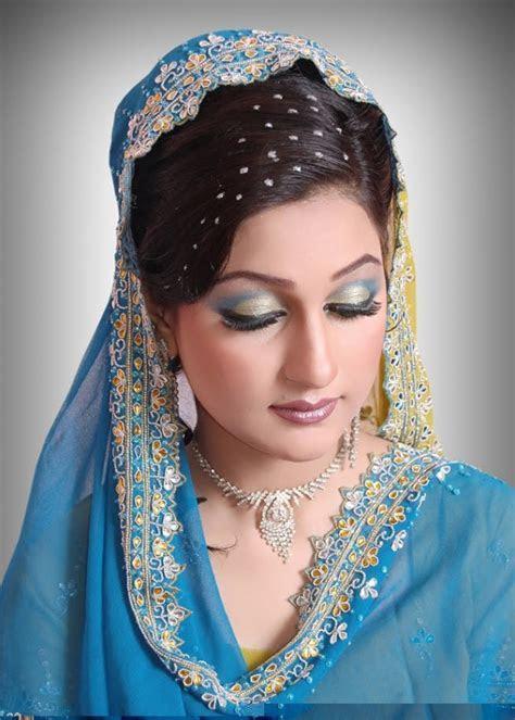 Fashion & Style: Indian Brides Bridal Wedding Dress