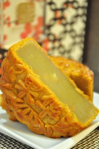 mandarin court - white lotus paste