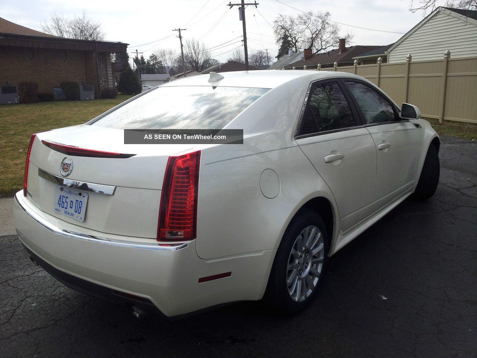 2010 Cadillac Cts Luxury Sedan 4 - Door 3. 0l