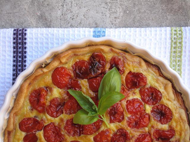 Torta ai pomodorini confit