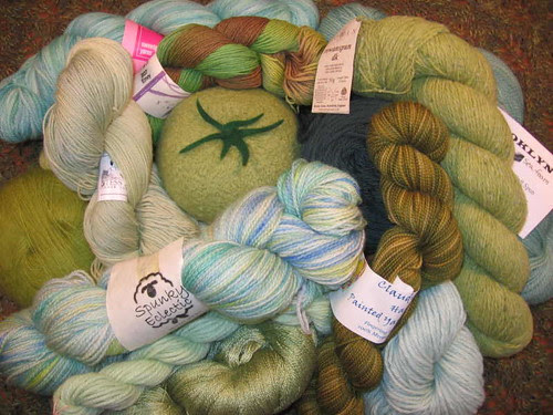 Pile of green yarn