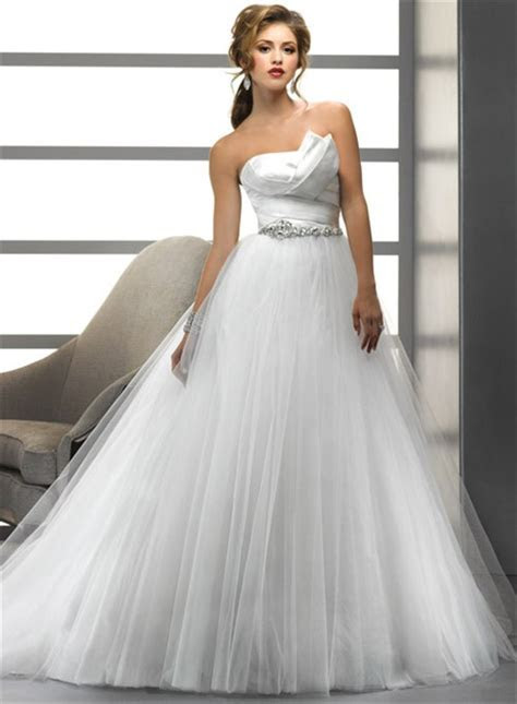 Simple A Line/Princess Asymmetrical Beading Crystals Tulle