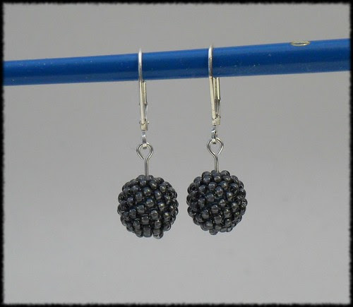 Beading Daily Earrings Every Day: Day 27