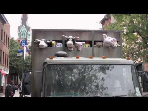 Banksy, tre video raccontano ciò che sta facendo a New York