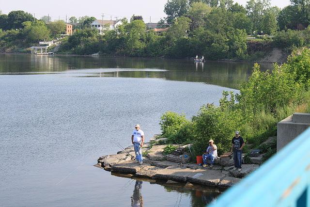 Belleville_Michigan_Fishing_on_Lake_Edison