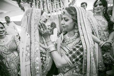 Wedding Photographer Mumbai. Best Wedding Photography in