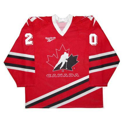 Canada 1995 WJC jersey photo Canada1995WJCF.jpg