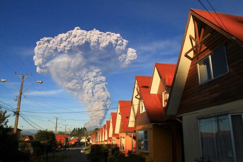 ¿A qué distancia debes estar para sobrevivir a la erupción de un supervolcán?