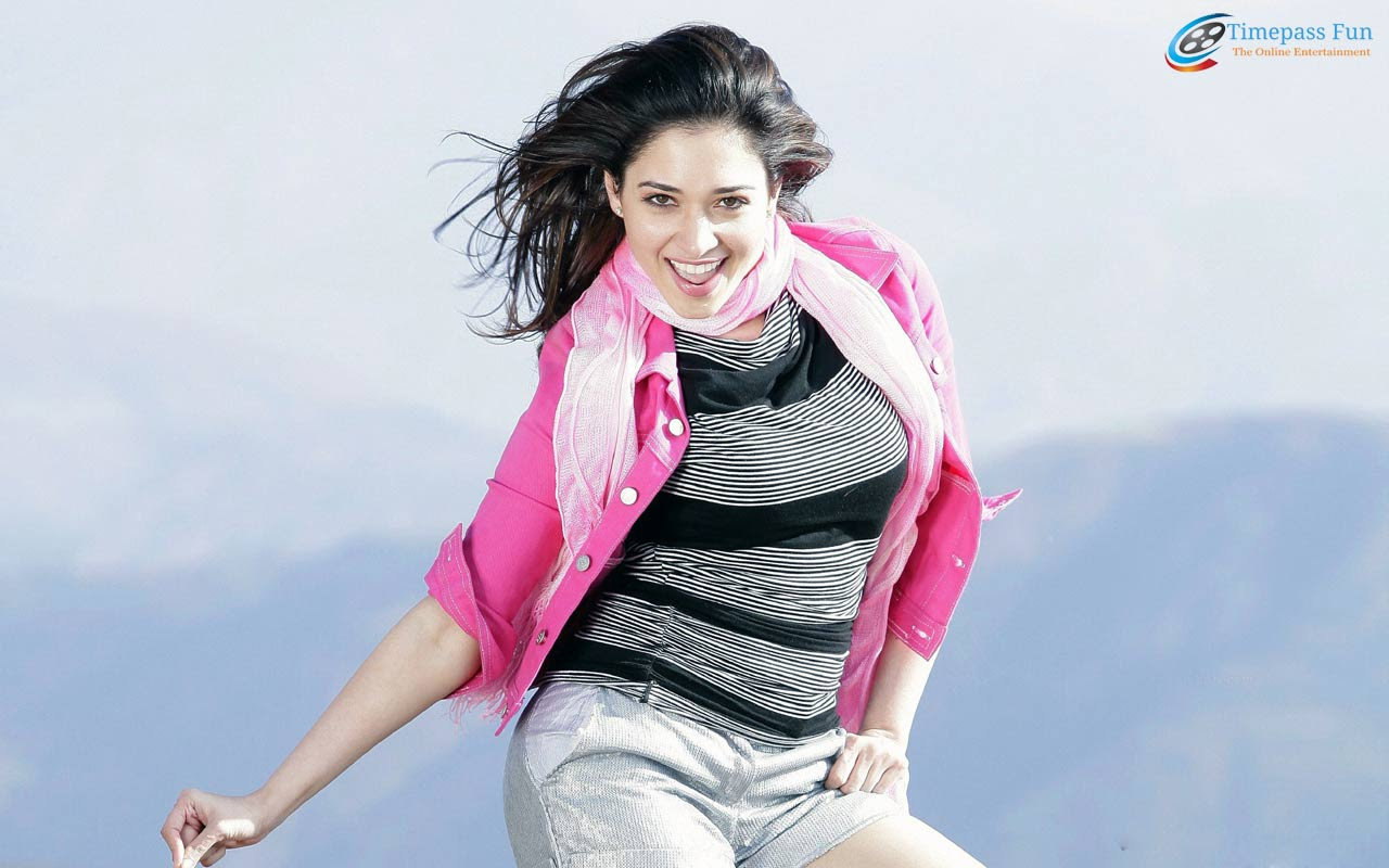 tamannaah-hot-sexy-wallpaper