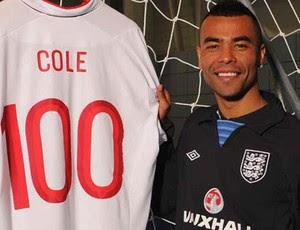 ashley cole camisa 100 inglaterra (Foto: Divulgação / THE FA)