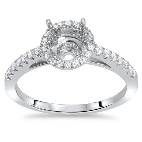 18k White Gold Round Halo Engagement Ring with Side Stones