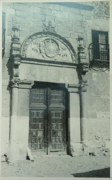 Portada del Palacio de Munárriz (hoy en el Cigarral del Ángel) hacia 1915