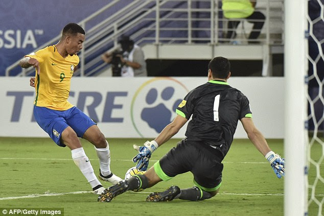 Soon-to-be Manchester City striker Gabriel Jesus continued his excellent form in front of goal