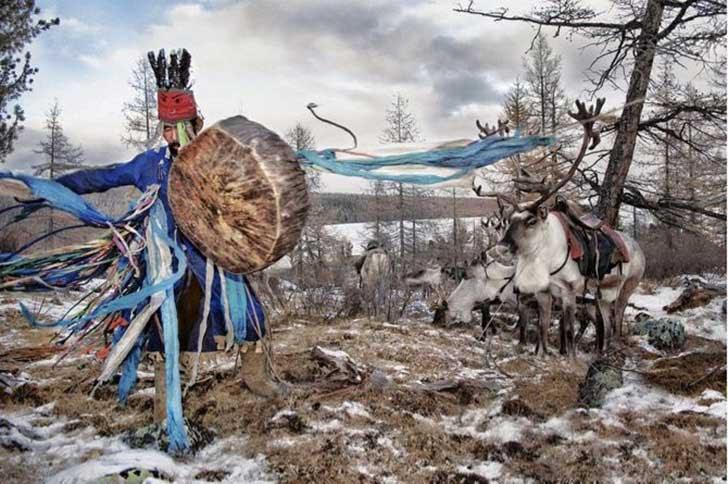 mongolia_reindeer_tribe_10