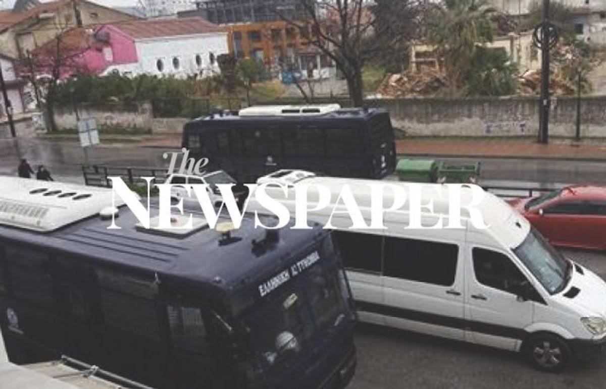 Βόλος: Αστυνομική επιχείρηση σε υπό κατάληψη κτίρια – Στο σημείο και ελικόπτερο [pics]   Newsit.gr