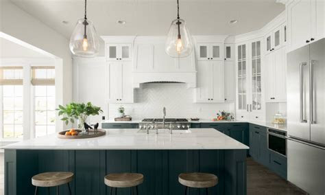heres        toned kitchen cabinet trend