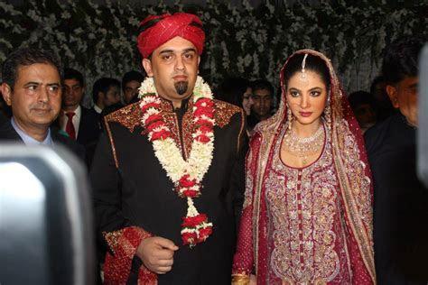 Annie Khalid's Mehndi & Wedding (Pictures)   Pakium.pk