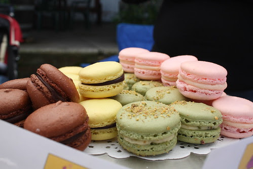 Macarons at Pfeiffers by Louisa Morris Cakes
