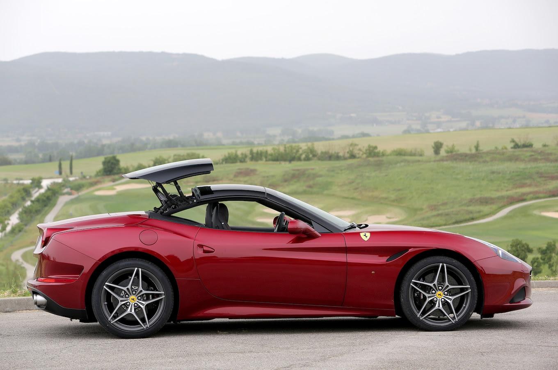 2015 Ferrari California T First Drive - Motor Trend