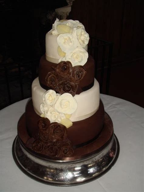 54 best images about Wedding Cakes on Pinterest   Skull